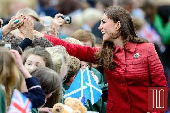 Catherine-Duchess-Cambridge-Jonathan-Saunders-Fall-2013-Coat-Scotland-Tom-Lorenzo-Site-TLO (6)