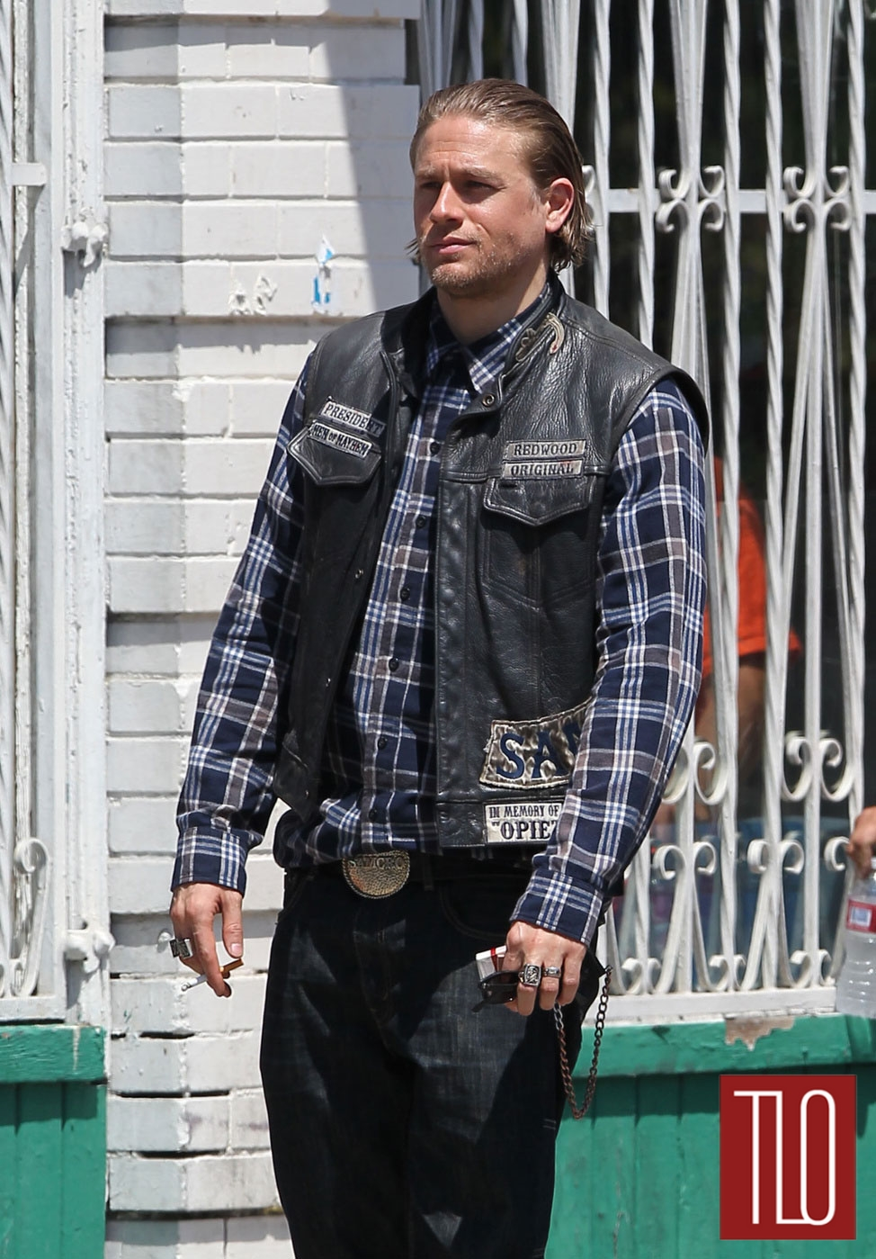 Charlie Hunnam On The Set Of Sons Of Anarchy Tom Lorenzo