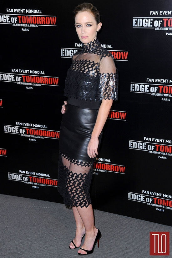 Emily-Blunt-Edge-Tomorrow-David-Koma-Photocall-Paris-Tom-Lorenzo-Site-TLO (6)