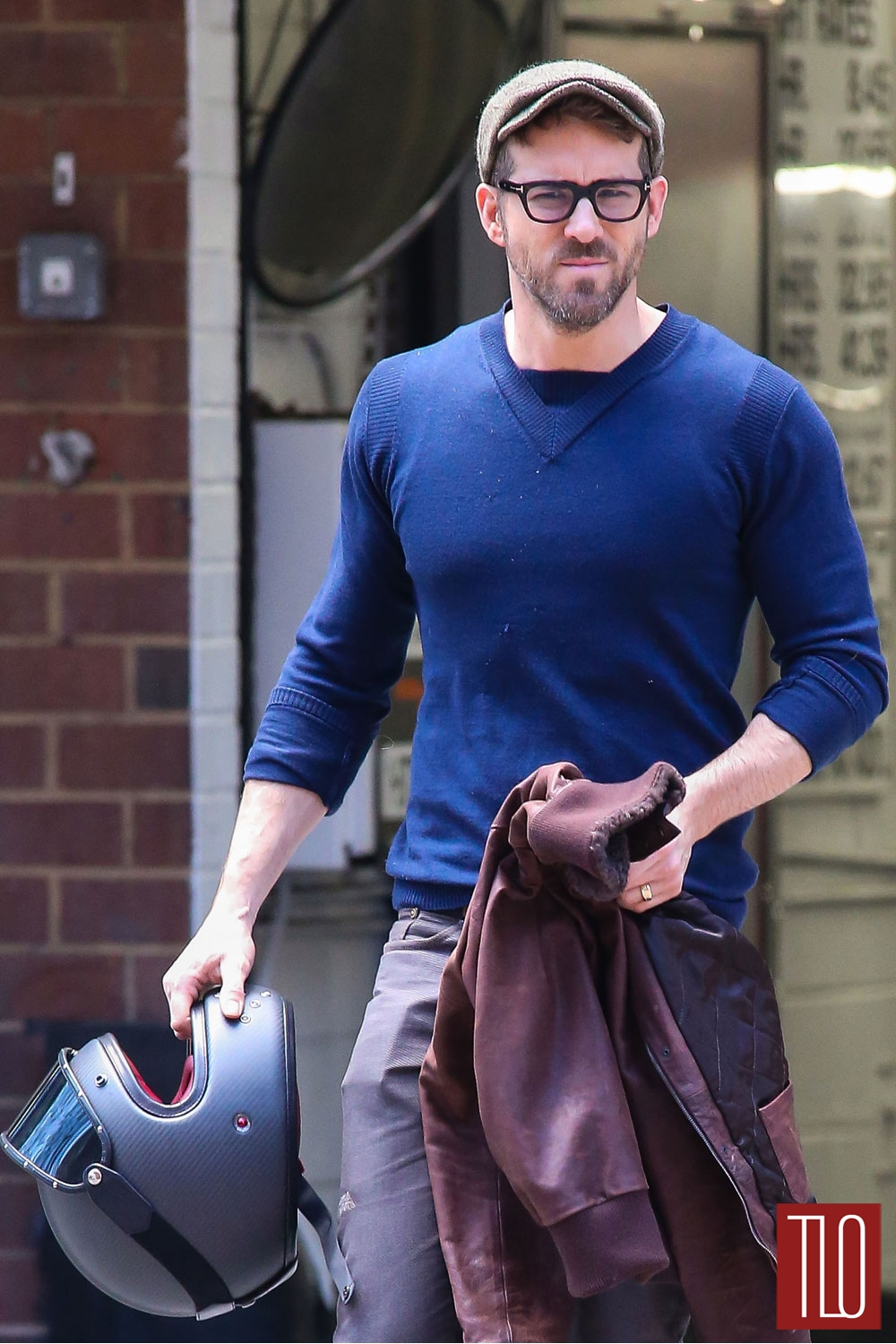 Ryan Reynolds In New York City Tom Lorenzo