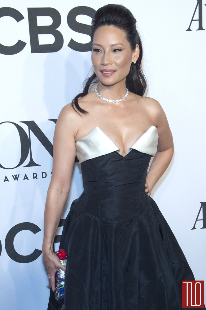 Lucy-Liu-Vivienne-Westwood-2014-Tony-Awards-Tom-Lorenzo-Site-TLO (1)