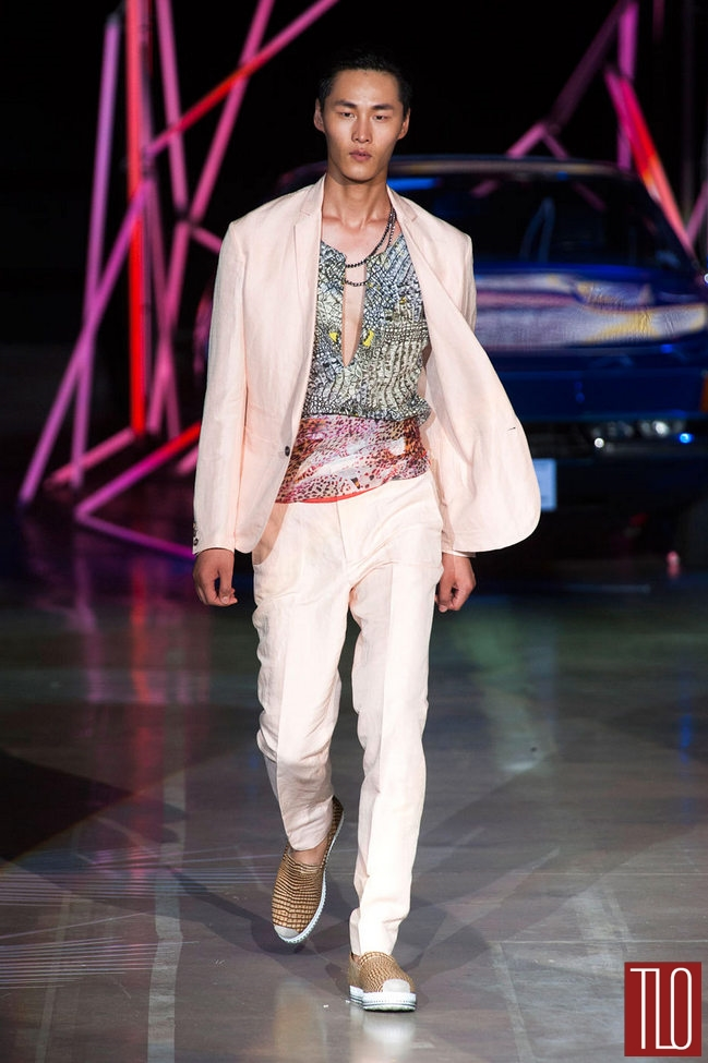 Roberto-Cavalli-Spring-2015-Menswear-Collection-Milan-Fashion-Week-Tom-Lorenzo-Site-TLO (6)