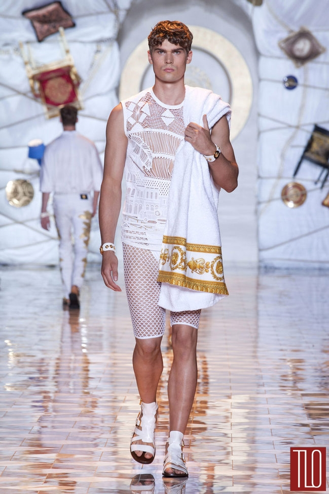 Versace Spring 2015 Menswear Collection Tom Lorenzo