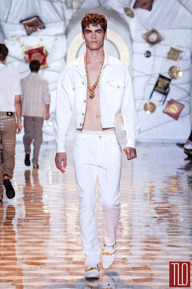 Versace-Spring-2015-Menswear-Collection-Milano-Fashion-Week-Tom-Lorenzo-Site-TLO (7)