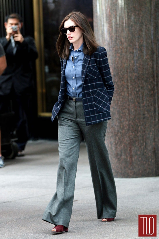 anne hathaway on the set of quotthe internquot tom lorenzo