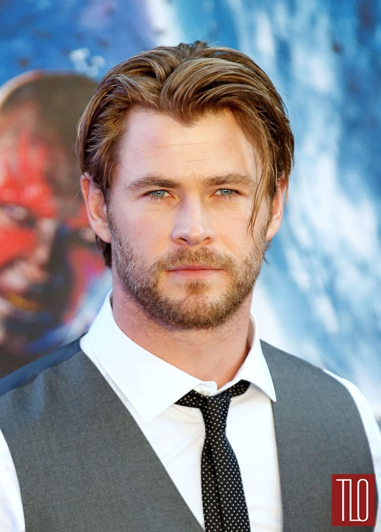 Chris-Hemsworth-Dolce-Gabbana-Guardians-Galaxy-London-Movie-Premiere-Tom-Lorenzo-Site-TLO (2)