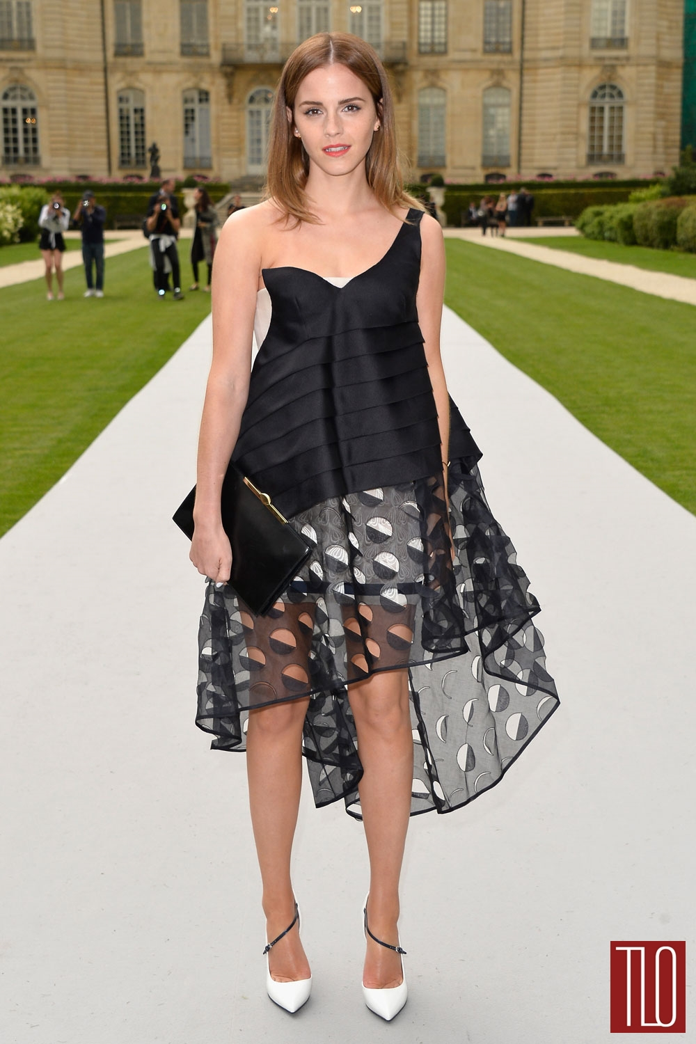 Emma-Watson-Christian-Dior-Fall-2014-Couture-Show-Paris-Tom-Lorenzo-Site-TLO (1)