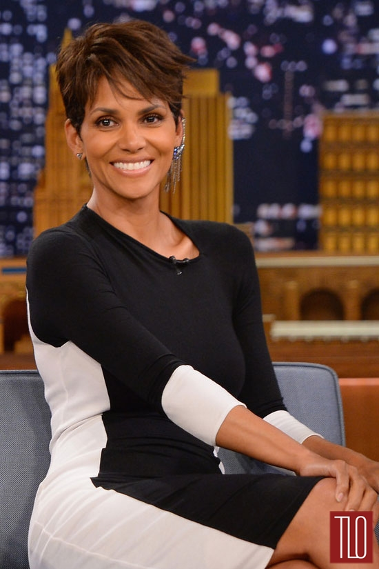 halle berry style double shot tom lorenzo. Black Bedroom Furniture Sets. Home Design Ideas