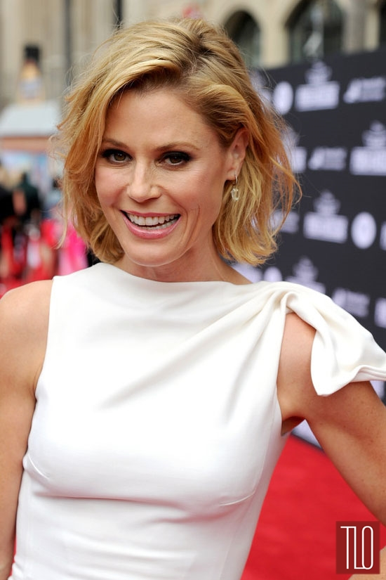 Julie-Bowen-Dsquared2-Planes-Fire-Rescue-Movie-Premiere-Red-Carpet-Sturat-Weitzman-Tom-Lorenzo-Site-TLO (4)