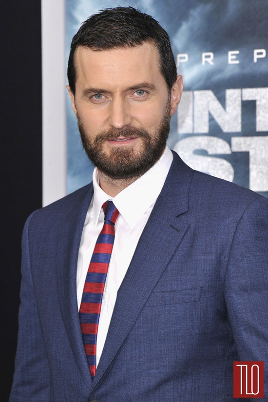 Richard-Armitage-Burberry-Into-The-Storm-Movie-Premiere-Red-Carpet-Tom-Lorenzo-Site-TLO (2)