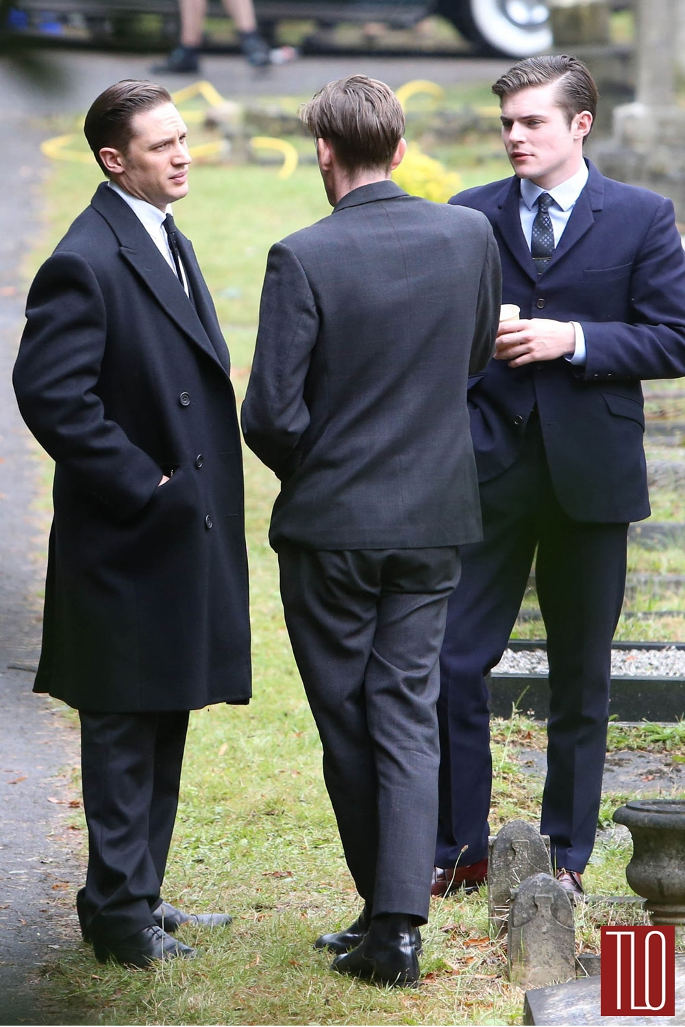 Tom-Hardy-On-Set-Legend-Movie-Tom-Lorenzo-Site-TLO (1)
