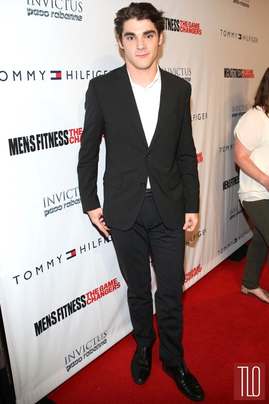 Game-Changers-Event-Mens-Fitness-Red-Carpet-Rundown-Tom-Lorenzo-Site (8)