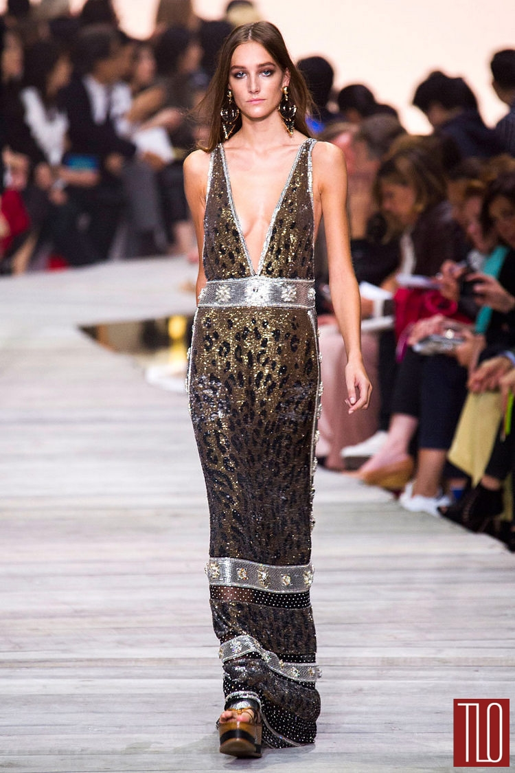 Roberto-Cavalli-Spring-2105-Collection-Runway-Womenswear-Milan-Fashion-Week-Tom-Lorenzo-Site (9)