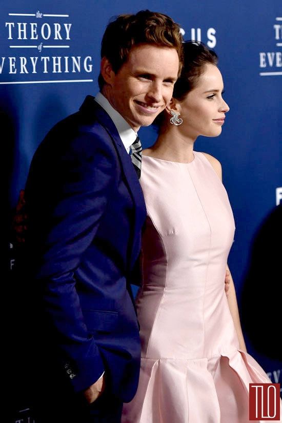 Eddie-Redmayne-Felicity-Jones-Theory-Everything-Movie-Premiere-Red-Carpet-Fashion-Alexander-McQueen-Christian-Dior-Tom-Lorenzo-Site-TLO (7)