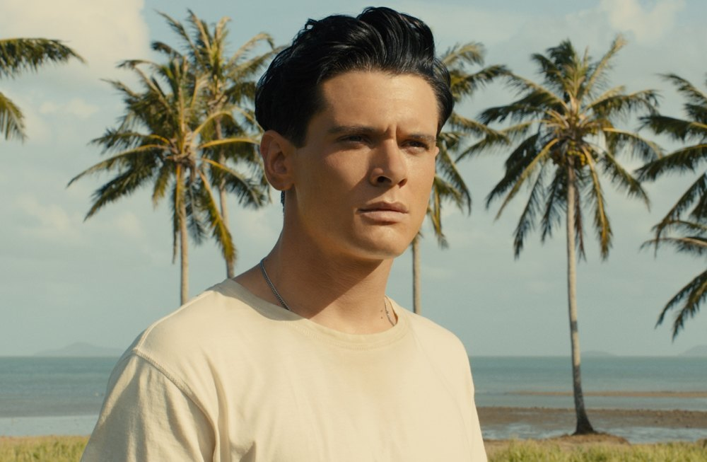 Unbroken-Movie-Review-Tom-Lorenzo-Site (1)