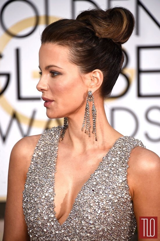 Kate-Beckinsale-2015-Golden-Globe-Awards-Red-Carpet-Fashion-Elie-Saab-Couture-Tom-LOrenzo-Site-TLO (4)