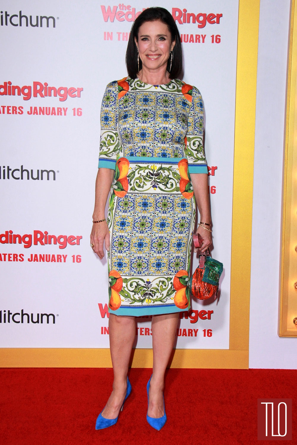 Mimi-Rogers-The-Wedding-Ringer-Los-Angeles-Movie-Premiere-Red-Carpet-Fashion-Dolce-Gabbana-Tom-Lorenzo-Site-TLO (1)