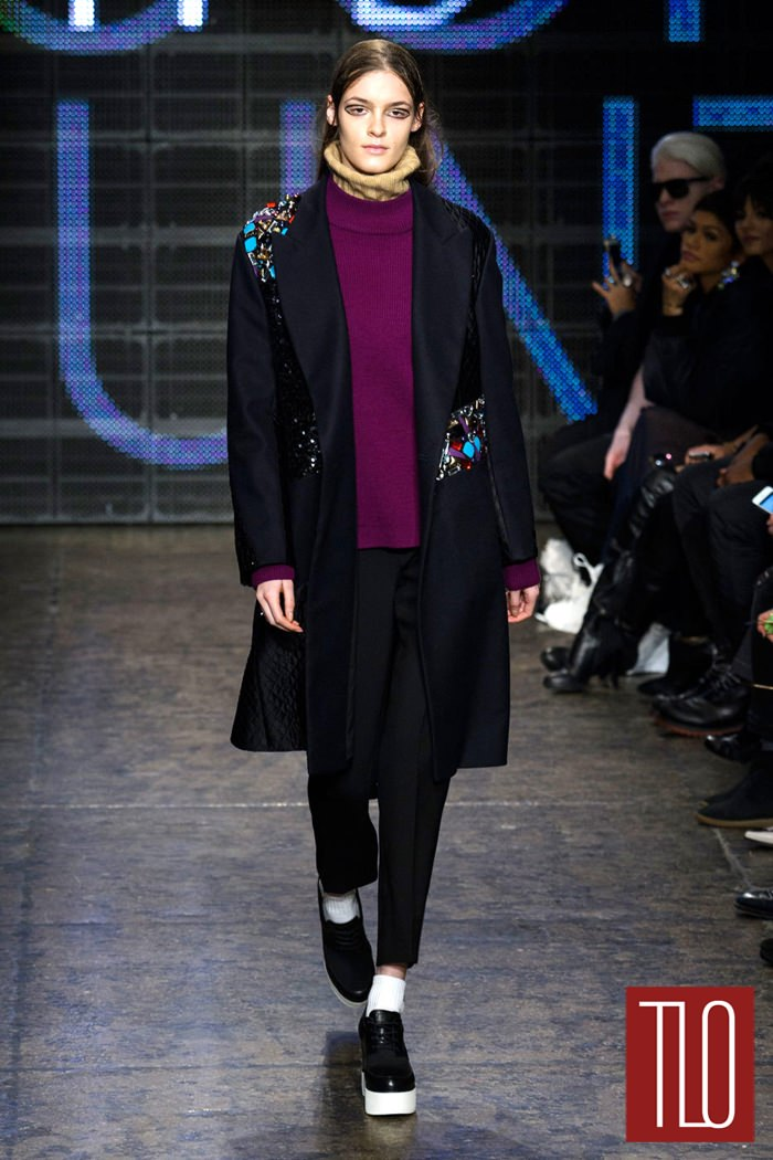 DKNY-Fall-2015-Collection-NYFW-Runway-Tom-LOrenzo-Site-TLO (10)