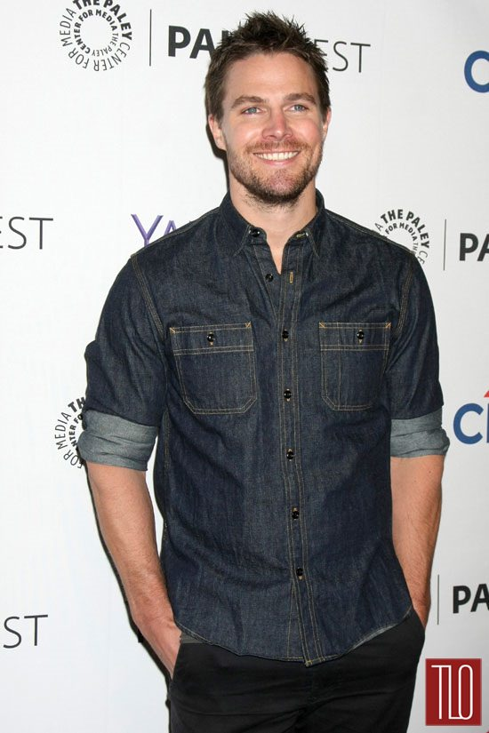 7-Paley-Fest-2015-Arrow-The-Flash-Panel-Red-Carpet-Fashion-Stephen-Amell-1