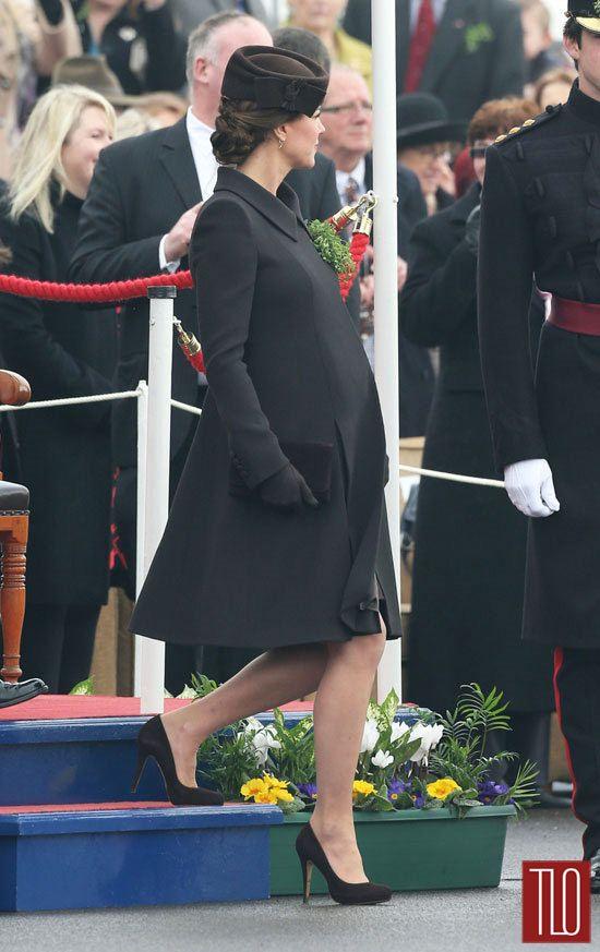 Catherine-Duchess-Cambridge-Saint-Patrick-Day-Parade-Fashion-Catherine-Walker-Tom-Lorenzo-Site-TLO (3)