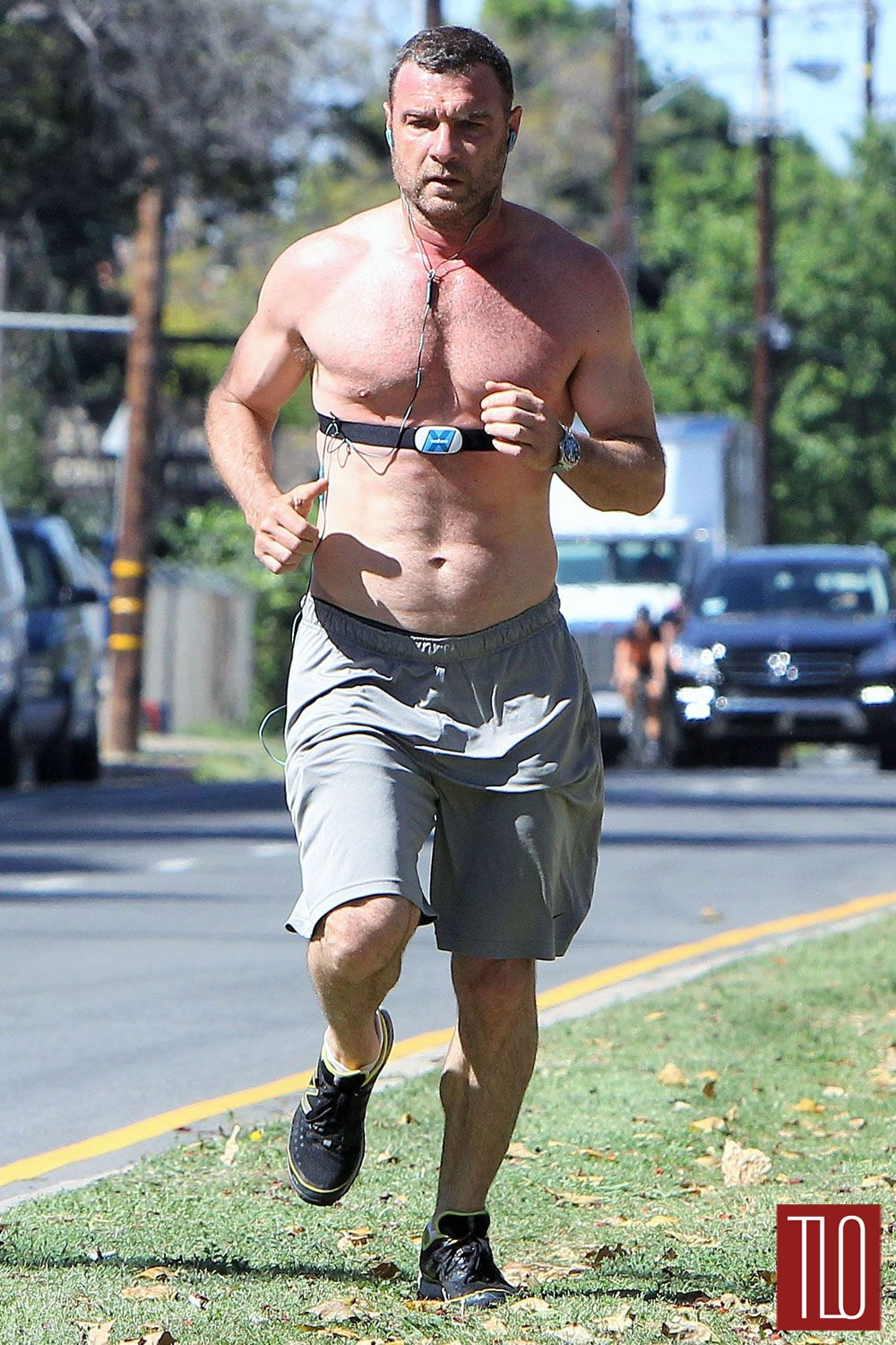 Liev Schreiber Goes for a Morning Run in Brentwood | Tom