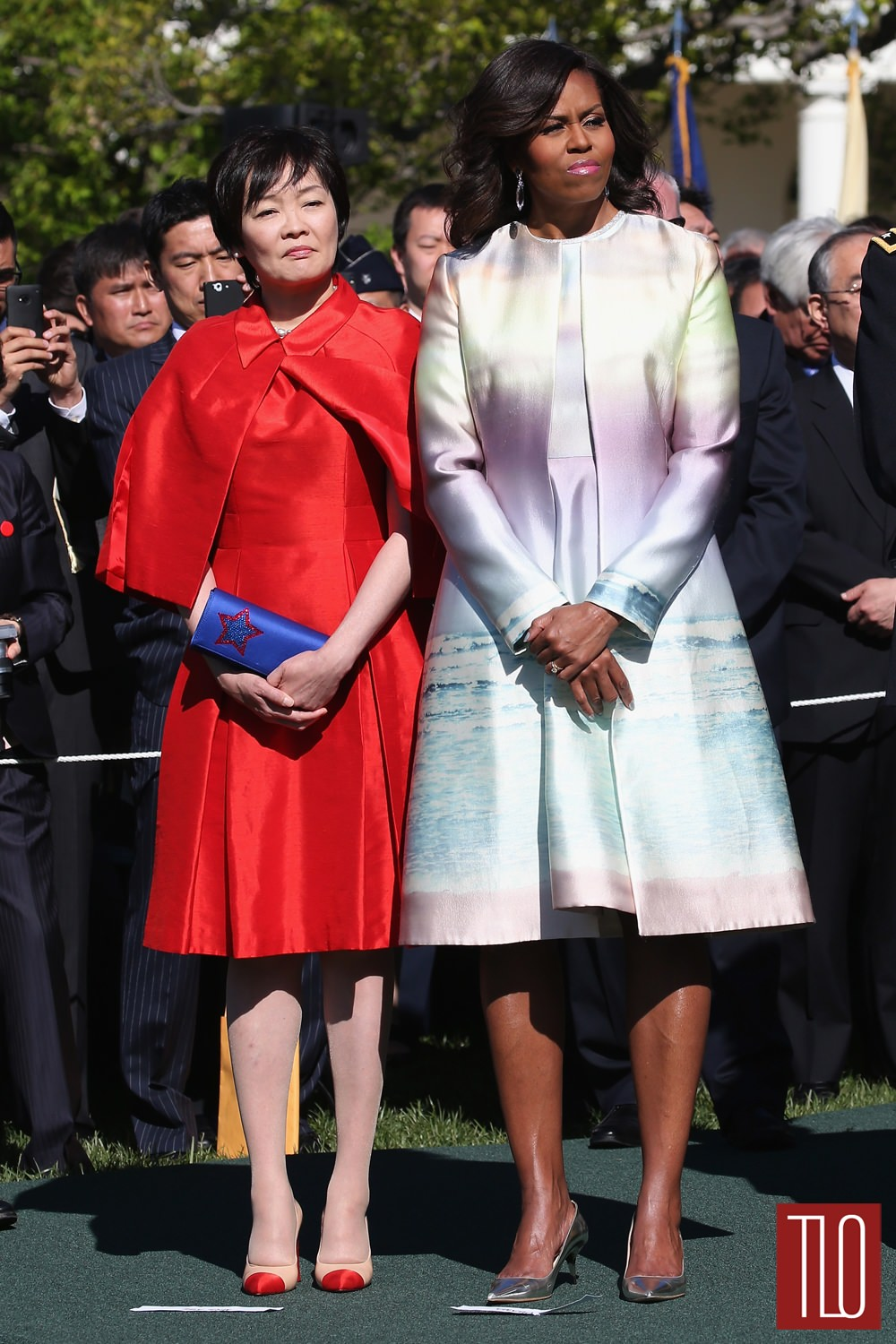 Michelle-Obama-Japanese-Prime-Minister-Shinzo-Abe-Akie-Abe-White-House-Visit-Monique-Luhillier-Fashion-Tom-Lorenzo-Site-TLO (1)