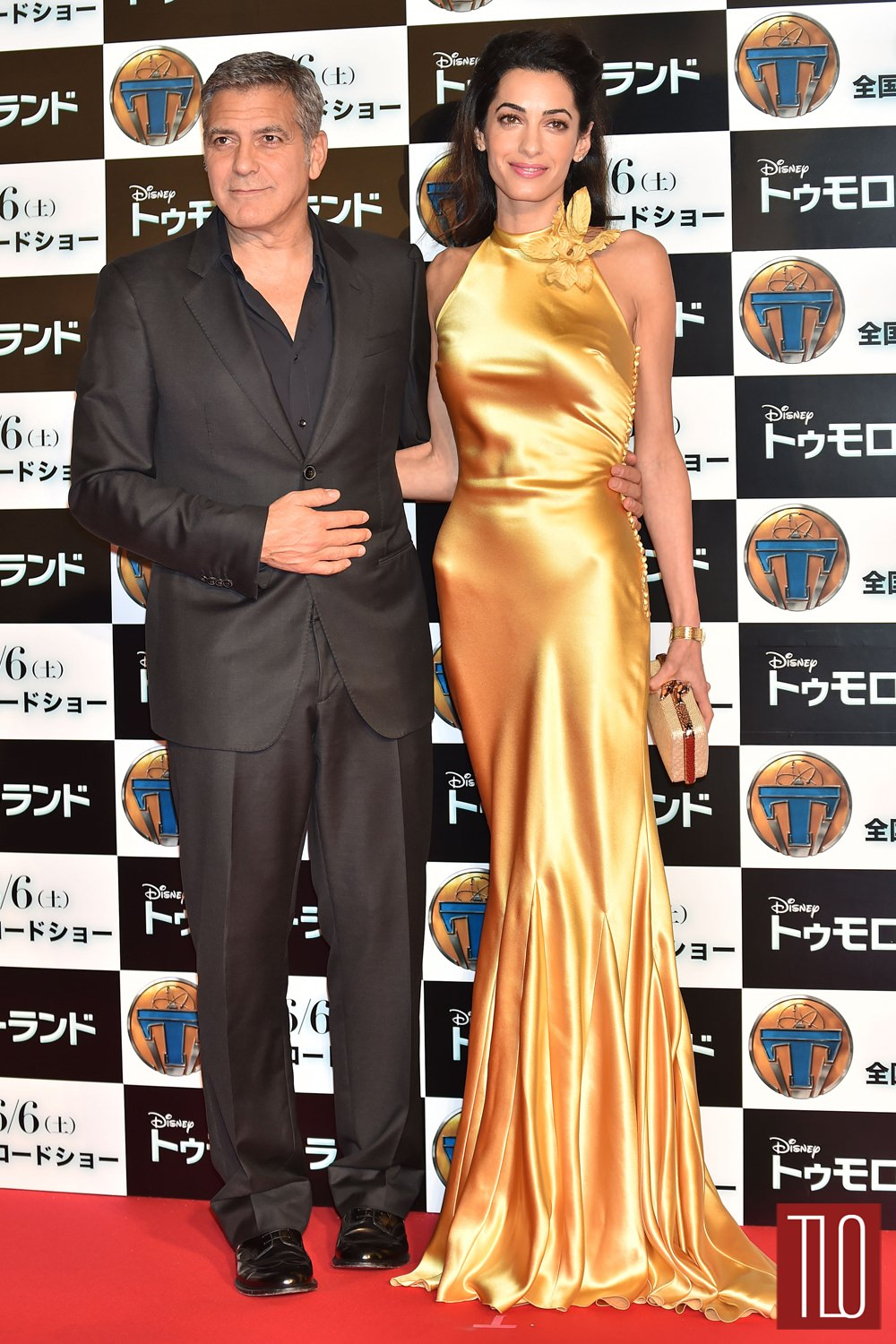 George-Clooney-Amal-Clooney-Tomorrowland-Tokyo-Premiere-Red-Carpet-Fashion-Maison-Margiela-Tom-Lorenzo-Site-TLO (1)