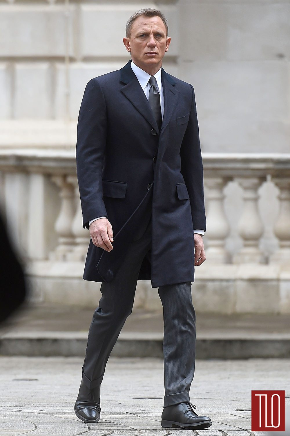 Daniel-Craig-Movie-Set-Spectre-Tom-Lorenzo-Site-TLO (1)