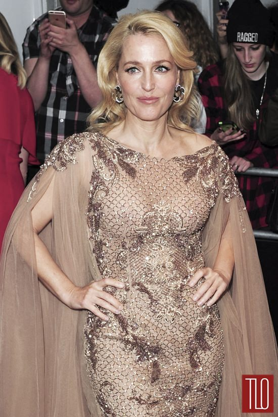 Gillian-Anderson-Glamour-Women-of-the-Year-Awards-Red-Carpet-Fashion-Tom-LOrenzo-Site-TLO (4)