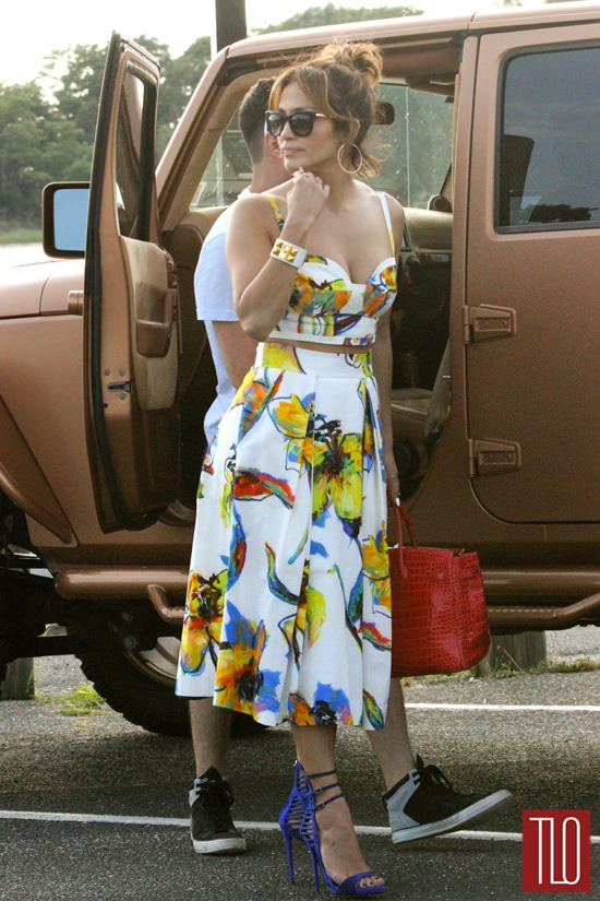 Jennifer Lopez In Milly In The Hamptons Tom Lorenzo