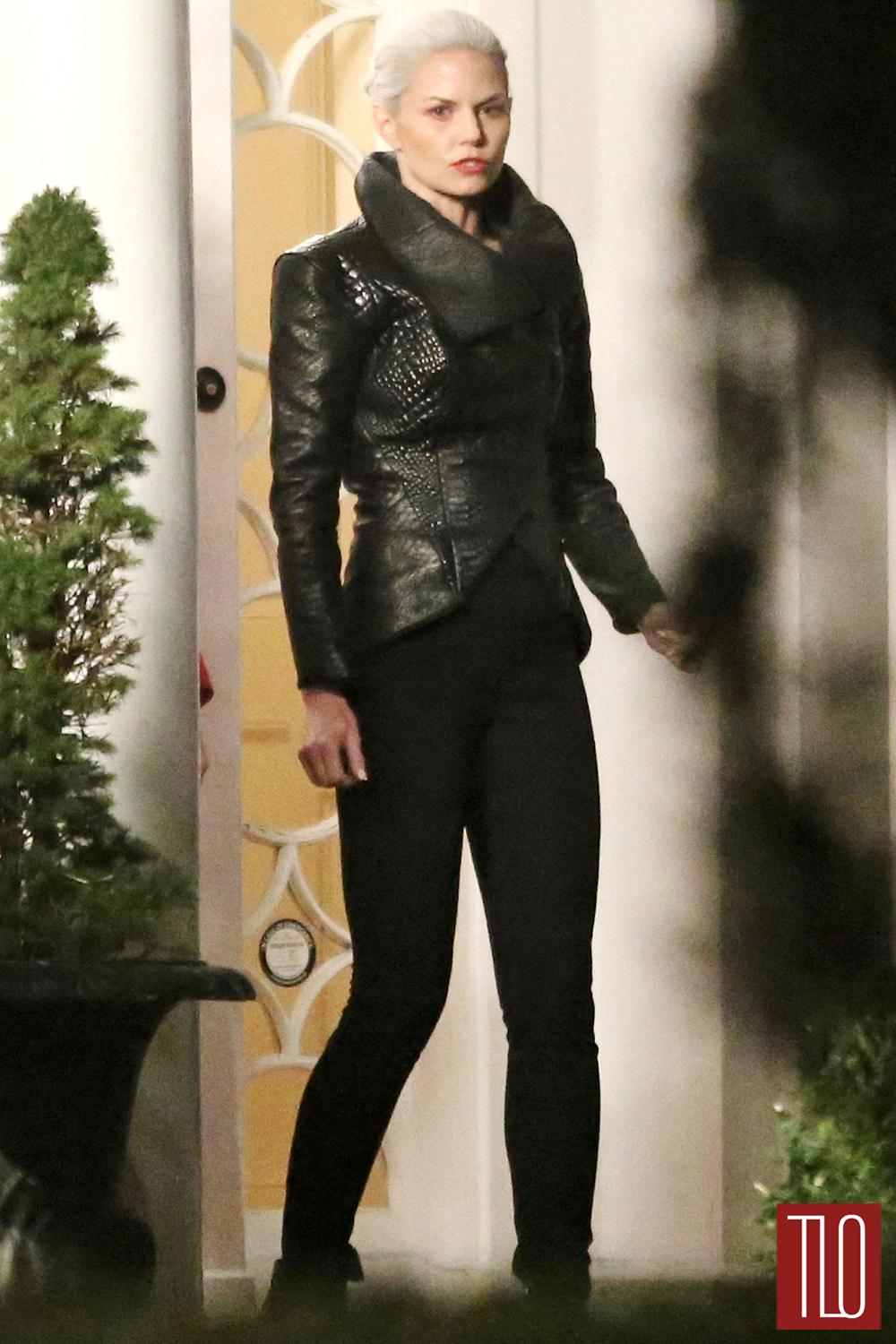 """Amy Manson Once Upon A Time jennifer morrison on the set of """"once upon a time"""" 