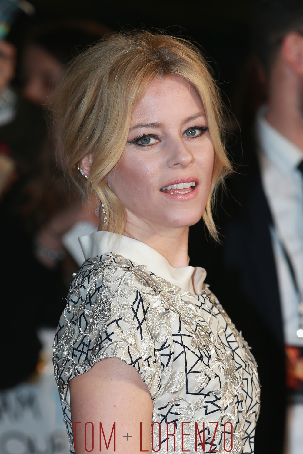 "Racee Ellis Ross >> Elizabeth Banks in Razan Alazzouni at ""The Hunger Games: Mockingjay Part 2"" UK Premiere 