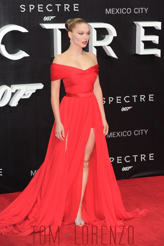 Lea-Seydoux-Spectre-Mexico-City-Movie-Premiere-Fashion-Miu-Miu-Tom-Lorenzo-Site (3)