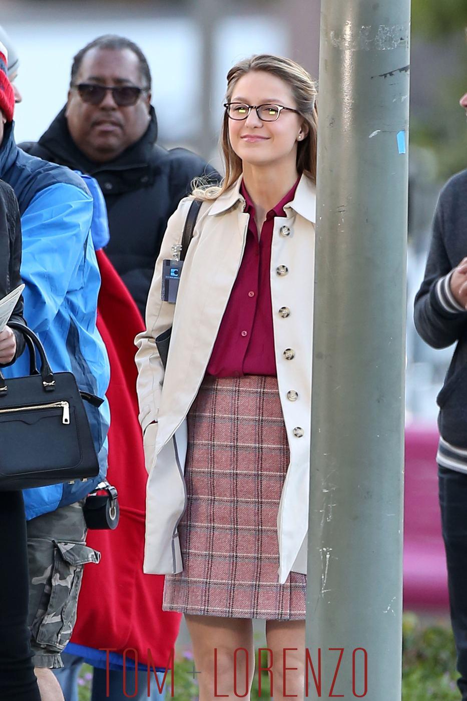 Melissa-Benoist-On-TV-Set-Supergirl-WOTSWS-Tom-Lorenzo-Site (1)