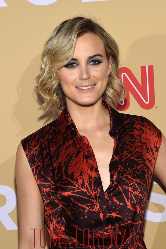 Taylor-Schilling-CNN-Heroes-Tribute-2015-Fashion-Vionnet-Tom-Lorenzo-Site (5)