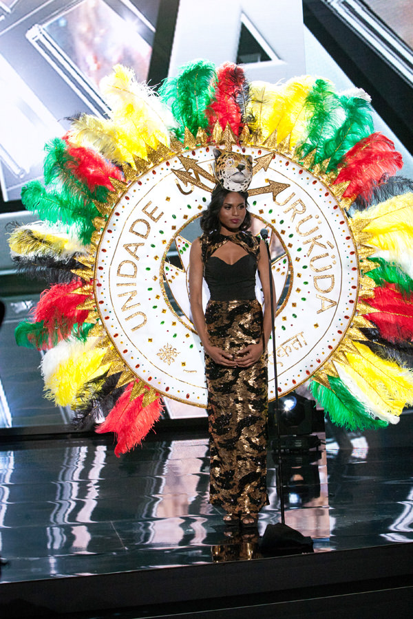 15-Miss-Guyana-Miss-Universe-2015-National-Costumes-Tom-Lorenzo-Site