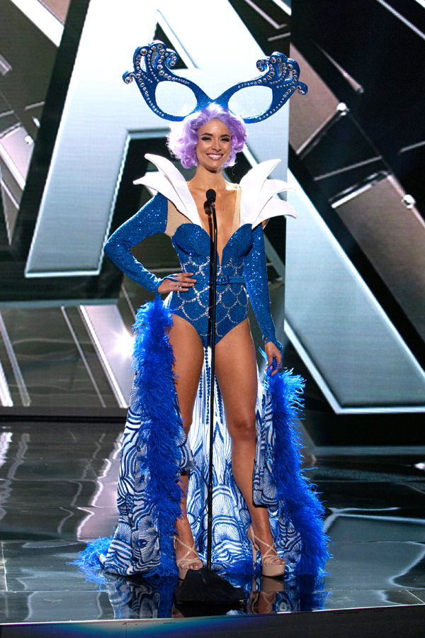 3-Miss-Australia-Miss-Universe-2015-National-Costumes-Tom-Lorenzo-Site