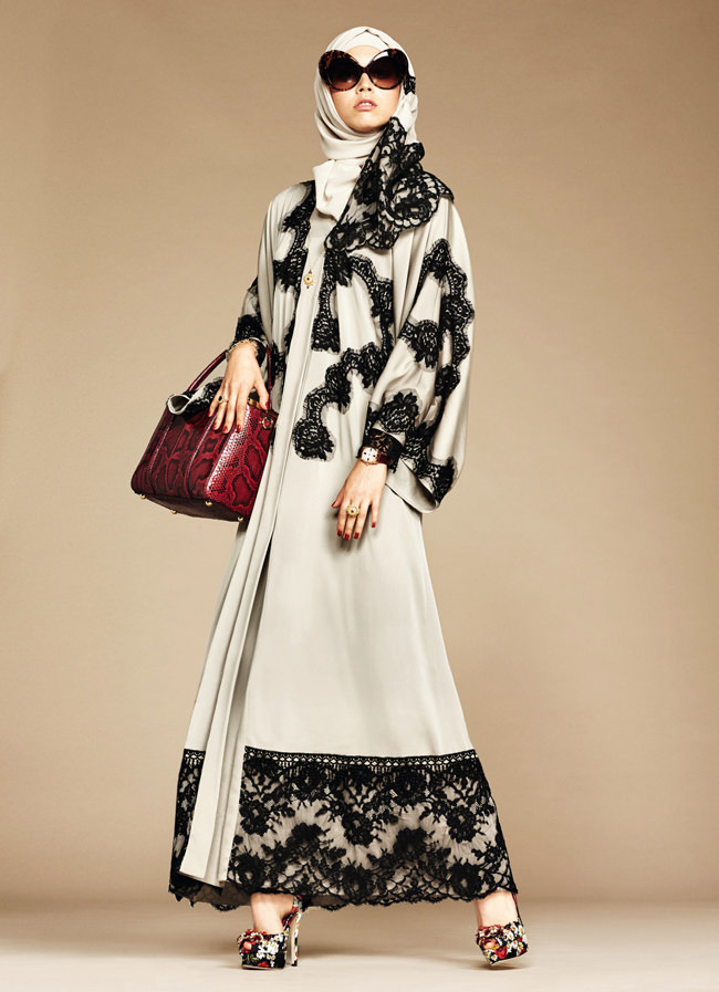 Dolce-Gabbana-Hijab-Abaya-Collection-Fashion-Tom-Lorenzo-Site (3)