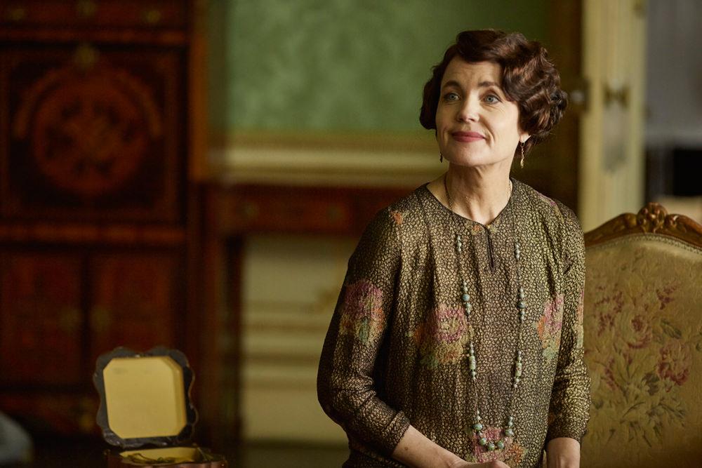 Downton-Abbey-Season-6-Episode-2-TV-Review-Tom-Lorenzo-Site (4)