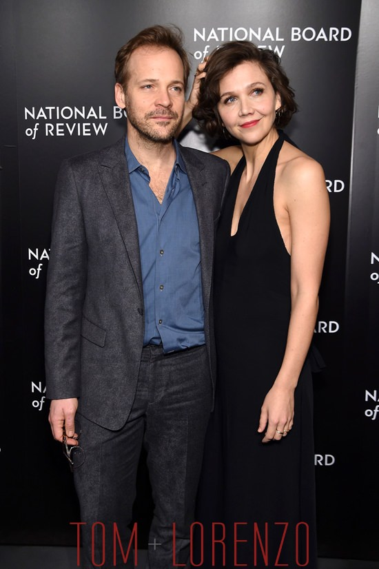 Peter-Sarsgaard-Maggie-Gyllenhaal-National-Board-Review-Gala-Fashion-The-Row-Tom-Lorenzo-Site (6)