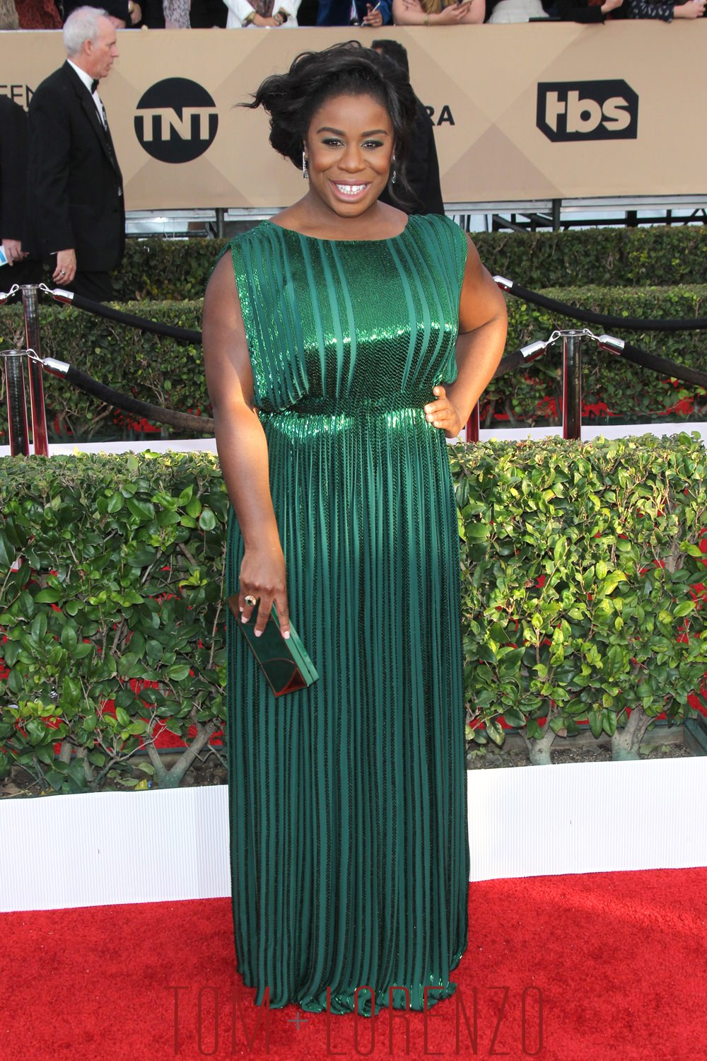 1-Uzo-Aduba-Orange-Is-The-New-Black-Cast-SAG-Awards-2016-Red-Carpet-Fashion-Tom-Lorenzo-Site