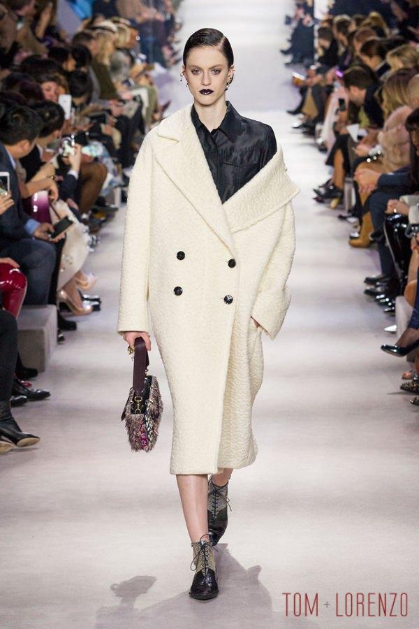 Christian-Dior-Fall-2016-Collection-Paris-Fashion-Week-Tom-Lorenzo-Site (20)