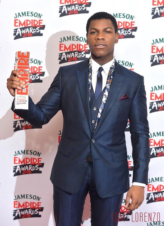 John-Boyega-Daisy-Ridley-Jameson-Empire-Awards-2016-Red-Carpet-Fashion-Dolce-Gabbana-Boss-Tom-Lorenzo-Site (4)