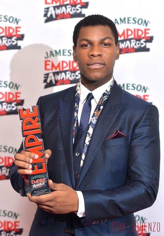 John-Boyega-Daisy-Ridley-Jameson-Empire-Awards-2016-Red-Carpet-Fashion-Dolce-Gabbana-Boss-Tom-Lorenzo-Site (5)