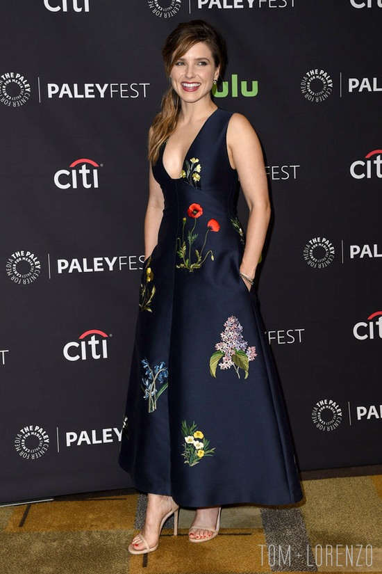 Sophia-Bush-PaleyFest-Los-Angeles-2016-Red-Carpet-Fashion-Stella-MCCartney-Tom-Lorenzo-Site (5)