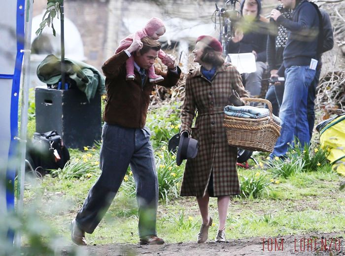 Vrad-Pitt-Marion-Cotillard-Five-Second-Silence-Movie-Set-Costumes-Tom-Lorenzo-Site (2)