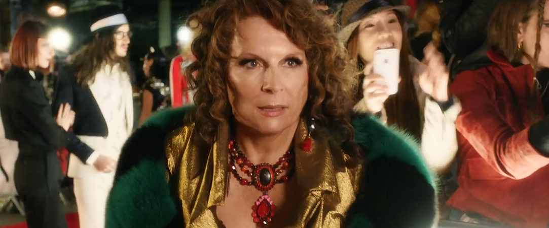 Absolutely-Fabulous-The-Movie-Official-Trailer-Tom-Lorenzo-Site (31)