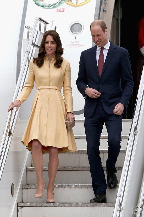 Cathereine-Duchess-Cambridge-Bhutan-Visit-Fashion-Tory-Burch-Emilia-Wickstead-Paul-Joe-Tom-Lorenzo-Site (1)