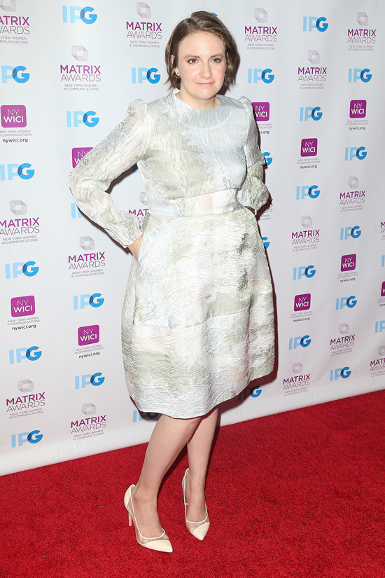 Lena-Dunham-2016-Matrix-Awards-Red-Carpet-Fashion-Tom-Lorenzo-Site (2)