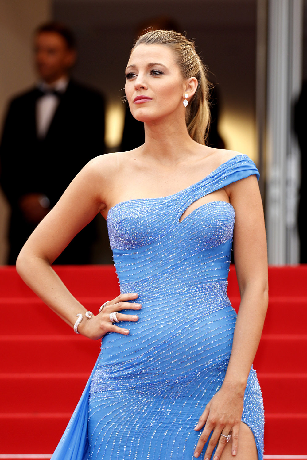 Cannes 2016 Blake Lively In Atelier Versace At The